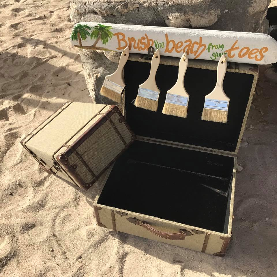 Sandy toes station